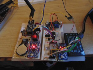 The sensor node which connects to the pressure sensor and relays data back over an nRF24l01-LNA-PA